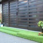 家の顔『玄関』とタイル貼り・人工芝